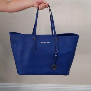 Michael Kors Jet Set Travel Sapphire Shoulder Bag